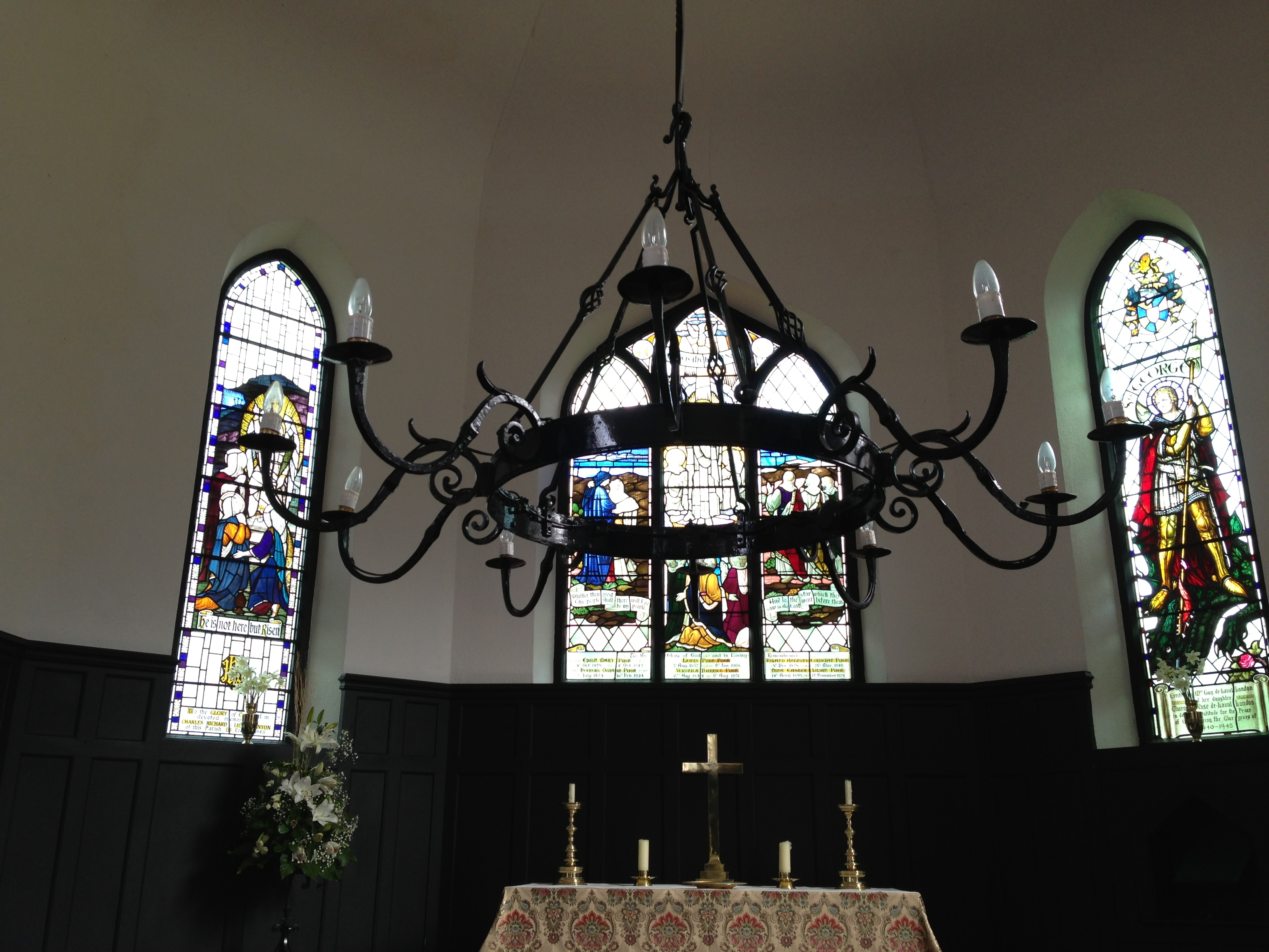 Eglwys Sant Mihangel, Eglwysfach