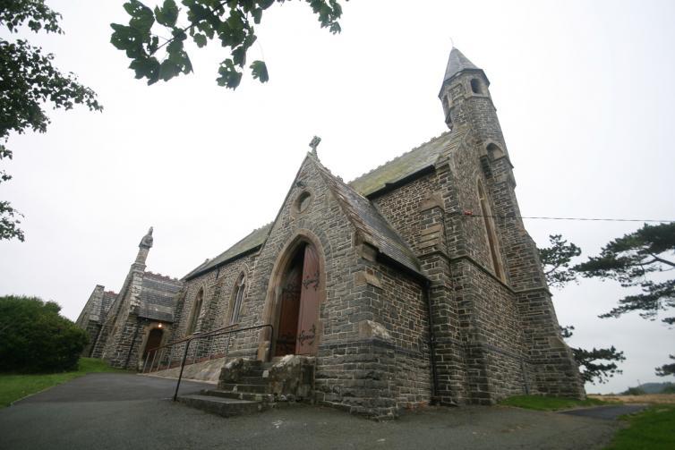 St Matthew's, Borth