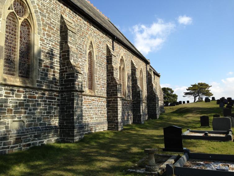 Eglwys Sant Mathew, Y Borth