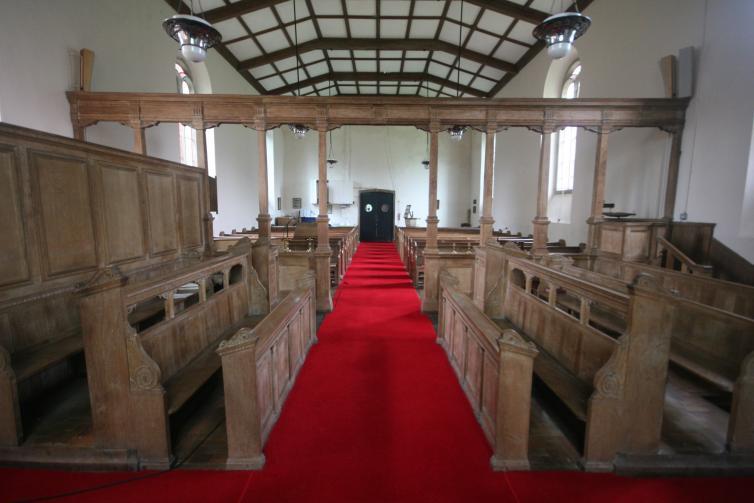 Eglwys Dewi Sant, Capel Bangor